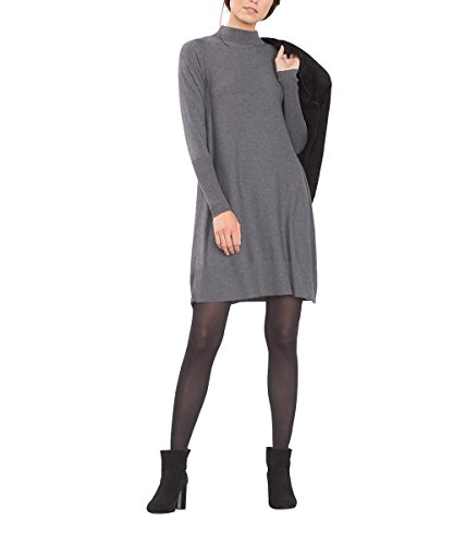 Trendfarbe grau so kombinieren sie die neue strickmode in for Grau kombinieren