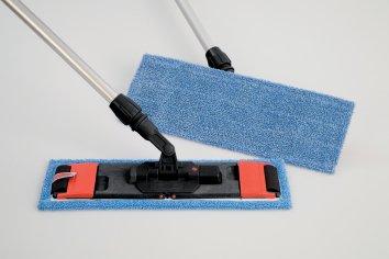 Rubbermaid Reinigungs-/Desinfektionsmopp mit Laschen und Taschen