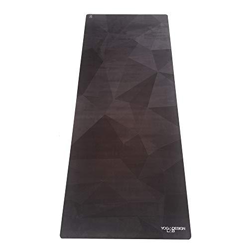 Yoga Design Lab Reise YOGAMATTE 1mm | Extrem leicht, dünn, faltbar, Rutschfest, waschbar | Guter Halt bei schweißtreibendem Sport | Hot Yoga, Bikram, Kundalini, Ashtanga (Geo Night-)