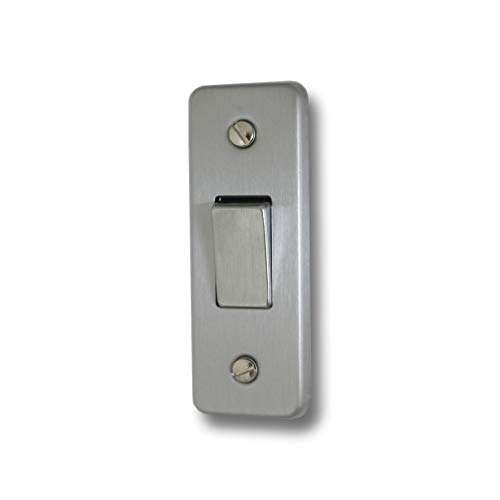 Interruptor Varilight oscilador de 1banda, 10amp, de 1o 2direcciones, cromado mate.
