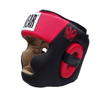 TUF wear casco de negro...