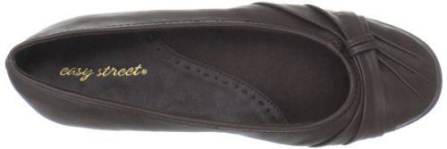 Easy Street Women's Giddy Ballet Flat,Brown,7 M US Marron