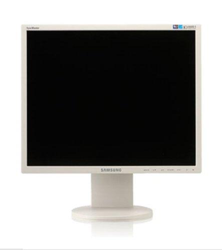 Samsung 943BR 48,3 cm (19,0 Zoll) TFT-Monitor silber Analog/Digital, DVI-D (Kontrast dyn. 8000:1, 5 MS Reaktionszeit)