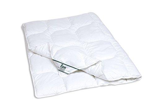 f.a.n. (M_Poly) Ganzjahres Bettdecke ca. 135x200 cm hautsympathisch und weich Bezug: Baumwoll-Mischgewebe Füllung Polyester