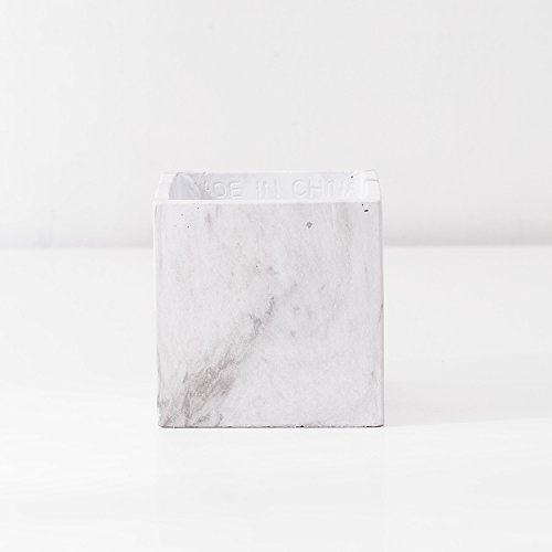 Maceta de cemento blanco YQO