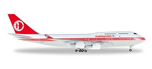 herpa-529679-malaysia-airlines-boeing-747-400-retro-colors