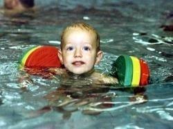 Schwimmscheiben DELPHIN Ausführung Junior, Farbe 3-farbig Test