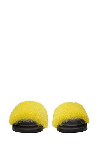 Givenchy Ciabatte e Zoccoli Donna - Pelliccia (BE08209806) EU Giallo