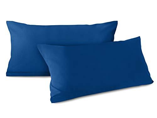 npluseins Doppelpack zum Sparpreis - Baumwoll-Kissenbezüge - Moderne Wohndekoration in schlichtem Design - 8 modernen Uni-Farben und 3 Größen, 40 x 80 cm, blau