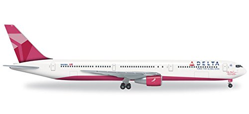 herpa-527002-delta-air-lines-boeing-767-400-pink-bache