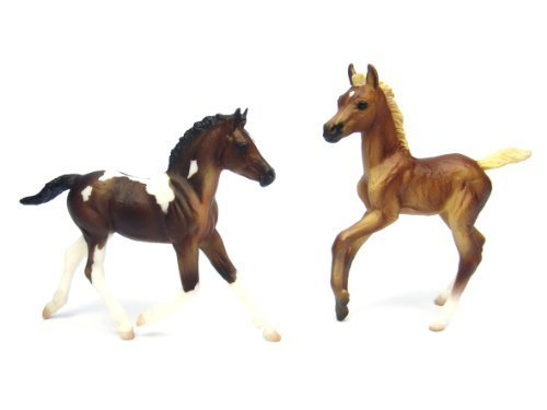 breyer-classics-colorful-foals-one-bay-pinto-one-chestnut-by-breyer