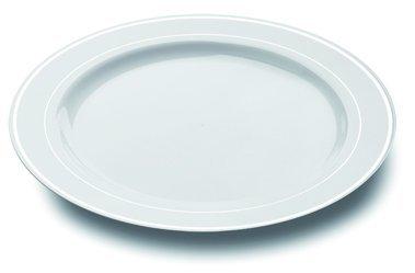 Mozaik 20 assiettes en plastique de 23 cm en couleur blanc avec le bord argenté