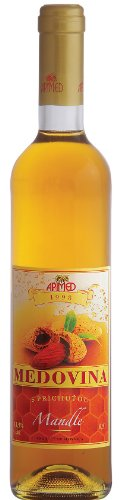honey-mead-with-almond-flavour
