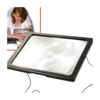BOXCUTE Loupe Pleine Page Lumineuse 4 LED Sur Pieds à Poser ou à Suspendre au Cou