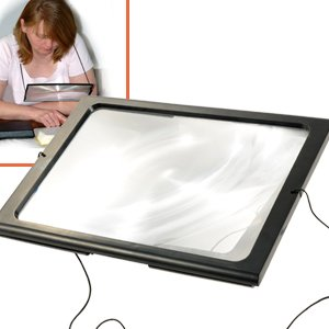 hands-free-magnifying-glass-with-light-neck-cord-led-illuminated-magnifier-for-reading-sewing-crafts