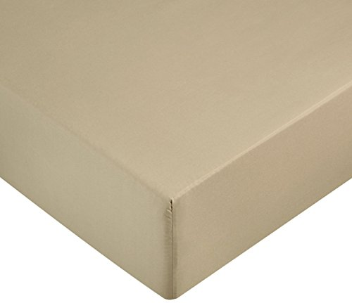 AmazonBasics Microfiber Fitted Sheet Beige