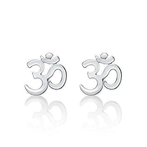 Silber-Ohrringe OM aus poliertem Sterlingsilber. OM ist ein spirituelles Symbol und der heiligste Ton des Buddhismus und Hinduismus. Sterlingsilber-Ohrringe mit Stopper-Verschluss.