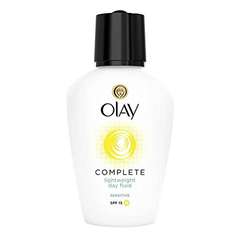 Olay SPF15 Complete Lightweight 3-in-1 Moisturiser Day Fluid Sensitive, 100