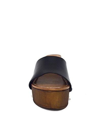 Zoccoli in pelle BOT 4616-9022 tacco medio MainApps Nero