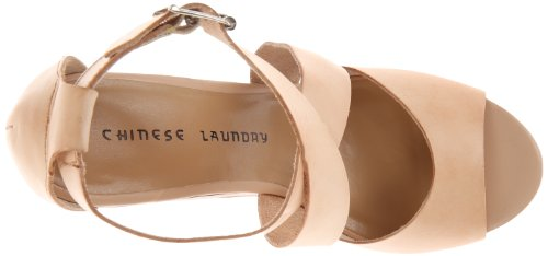 Chinese Laundry Java Leder Keilabsätze Sandale Hazelnut
