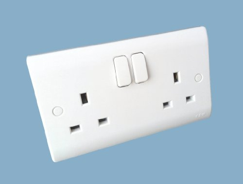 eaton-p612-premera-2-gang-double-pole-switch-socket-plastic-white-13-a