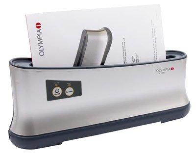 OLYMPIA Thermobindegerät TB-1280 / Das neue Thermobindegerät TB-1280 ist mit einem neuartigen Staubschutzmechanismus ausgestattet. Das Öffnen der Ablage öffnet den Staubschutz zum Einführen der Mappen, so bleibt die Heizplatte staubfrei und bietet auf lange Sicht beste Ergebnisse.
