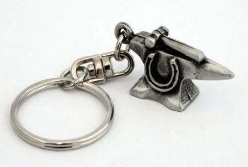 Schlüsselring mit Schmiede-Amboss-Anhänger aus Zinn, handgefertigt.
