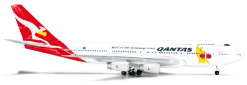 herpa-523912-qantas-boeing-747-400-boxing-kangaroo-vh-oju