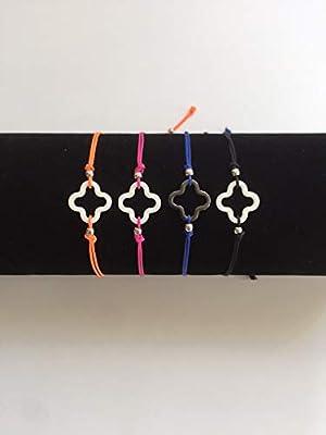 Bracelet trèfle en céramique sur cordon