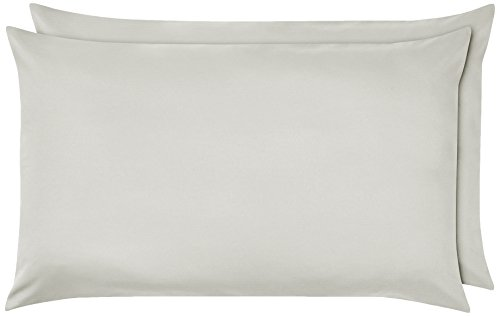 AmazonBasics - Funda de almohada de microfibra, 2 unidades, 50 x 80 cm - Gris claro