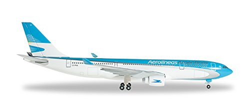 herpa-526241-aerolineas-argentinas-airbus-a330-200