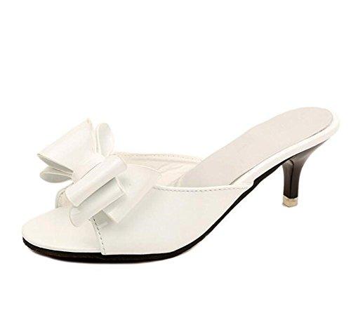 LDMB Sommer Bowknots Pumps Carving Metall High Heels Pantoffeln Peep Toe Nieten Eine Schrift Sandals Beach Schuhe White