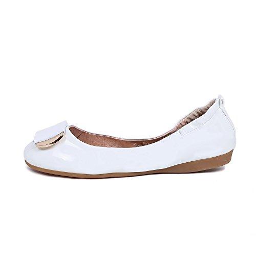 AllhqFashion Femme Verni Rond Tire à Talon Bas Couleur Unie Chaussures Légeres Blanc