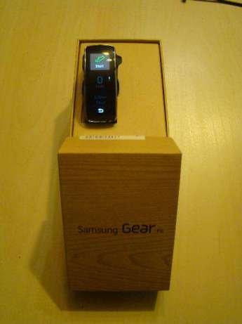 Woodln Cinturino intercambiabile per Samsung Galxy Gear Fit SM R350 (Black)