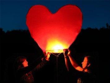 Lot de 2 lanternes chinoises volantes en forme de cœur Rouge