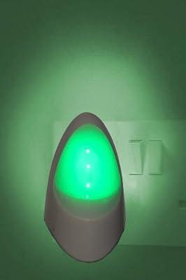 Automatic LED Night Light - Plug in Energy Saving Dusk 2 Dawn Sensitive Night Light