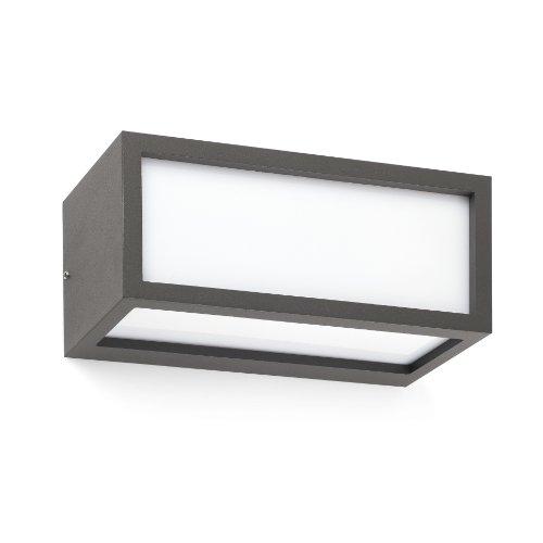 TEJO es un aplique de pared pensado para la iluminación exterior. Acabado en gris oscuro. No incluye bombilla. Lámpara fabricada en aluminio, plástico. Haz de luz superior e inferior.