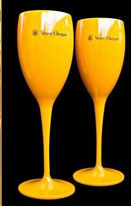 veuve-clicquot-saint-tropez-poolside-champagne-flutes-2004-case-of-2