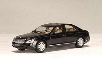 maybach-57-diecast-car-model-1-43-caspian-black-chromafl-air-die-cast-car-by-japan-import