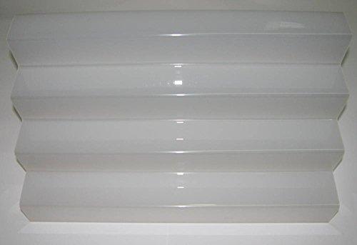 Dmd kit formato da n. 2 espositori a scaletta in plexiglass bianco con n. 4 ripiani da cm. 6 dimensioni totali cm. 40 lungh.x24largh.x24 h