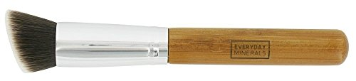 everyday-minerals-angled-flat-top-brush-1-brush-by-everyday-minerals
