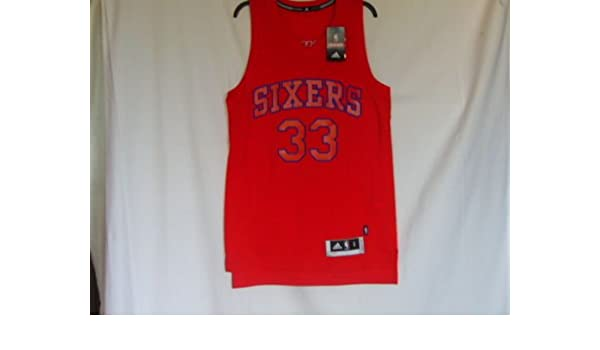 3d70f25a9a2 adidas Philadelphia Sixers 76ers NBA Swingman Basketball Jersey - Bynum  33  - Mens Small  Amazon.co.uk  Sports   Outdoors