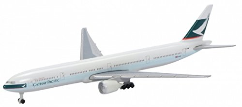 boeing-777-300-cathay-pacific