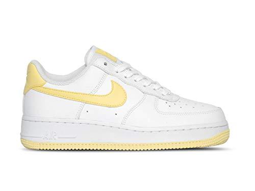 Nike Damen WMNS Air Force 1 '07 Basketballschuhe, Weiß Bicycle Yellow/White/Dk Sulfur 106, 39 EU (Nike-linie)