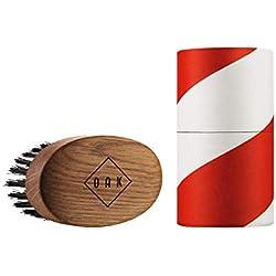 OAK BEARD BRUSH I Cepillo para barba (92 x 51 mm): Da forma a la barba y la alisa. Estilismo de barba para hombres con barba completa. Diseño de producto premiado procedente de Berlín.