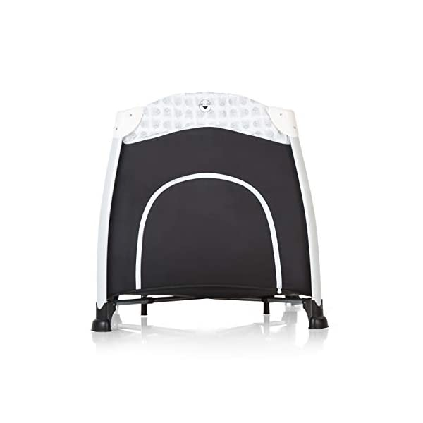 Hauck Play'n Relax, Portable Foldable Travel Cot Crib Bed Playpen for Children, from birth Up To 15 kg, 66 x 120 cm, with Net, Folding Mattress, Lateral Opening, Disney Design, Mickey Cool Vibes  Untippable design -  The playpen is smaller at the top than the bottom to improve the stability of the cot Stylish frame -  The exposed metal uprights of the frame give the play n relax a modern look Compact fold - Folds down to just 21.5 x 21.5 x 78cm making it easy to fit in the boot and take to grandma's house 3