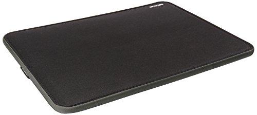 incase-funda-blanda-para-macbook-con-pantalla-retina-negro