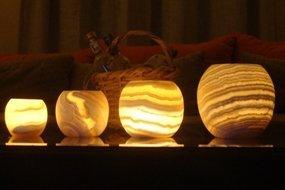 CraftsOfEgypt Single Alabaster Kerzenhalter-Ägyptische Teelichter und Votivkerzen Halter mit Bernstein Glow für Home Décor Naturstein Beruhigende Tranquil Aurora Large