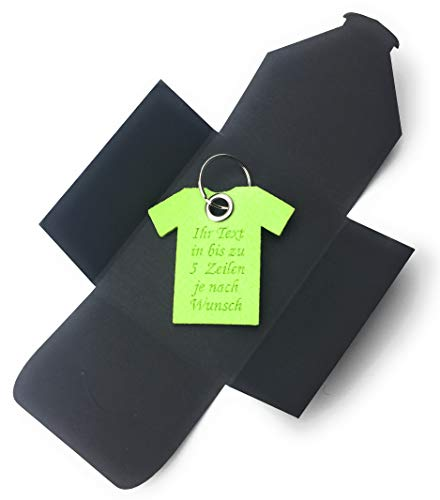 Schlüsselanhänger aus Filz - T-Shirt/Sport - lind-grün/hell-grün mit Namensgravur - als besonderes Geschenk mit Öse und Schlüsselring - Made-in-Germany -