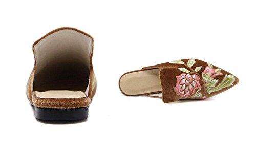 GLTER Femmes Mules Chaussures 2017 Nouvelles Européennes Et Américaines Mode Broderie Fleurs Half Dragging Talons Pompes Bateau Chaussures Court Chaussures light brown